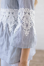 Load image into Gallery viewer, Pretty Poet Lace Top