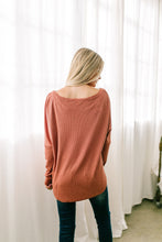 Load image into Gallery viewer, Ridley Ribbed Knit V-Neck Top In Pale Pumpkin - ALL SALES FINAL