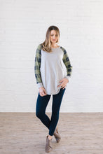 Load image into Gallery viewer, The Cooper Casual Top in Green & Gray