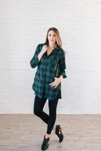 Load image into Gallery viewer, The Tristan Flannel Tunic in Hunter Green & Black