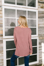 Load image into Gallery viewer, Waffle Knit V-Neck Tee In Mauve