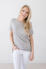 Load image into Gallery viewer, Wild & Free Tee In Gray