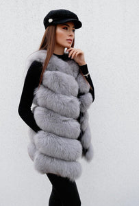 Luxury Fox Fur Vest in Hellgrau