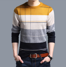 Premium Design Winter Mens Sweater (IN28)