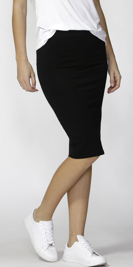 Betty Basics Alicia Black Midi Skirt