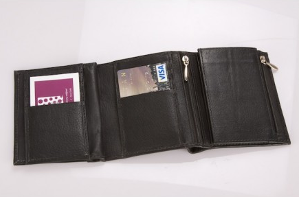 The Design Edge Leather Black Wallet