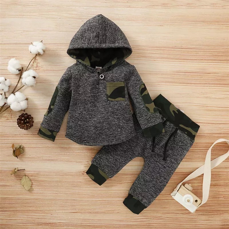 Dominic 2 Piece Hooded Camo Set