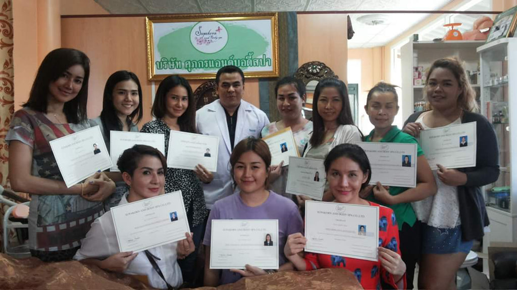Instructeurs de l'Academie « Supakorn and Body Spa »