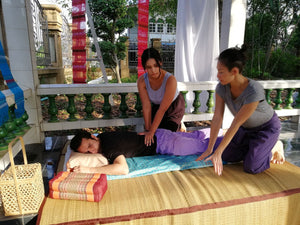 Cours de Massage Thai traditionnel et formation en massage abdominale - Ventre - Chi Nei Tsang - BMT Massages traditionnels à Bangkok