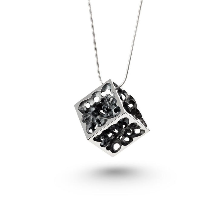 The Silver Pendant - Joy cube