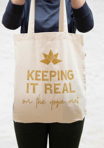 KEEPING IT REAL salvage tote bag in dutty gold