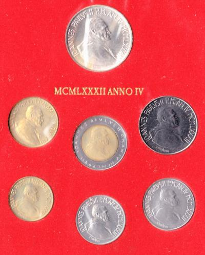 Vatican City / Mint Set / 1982