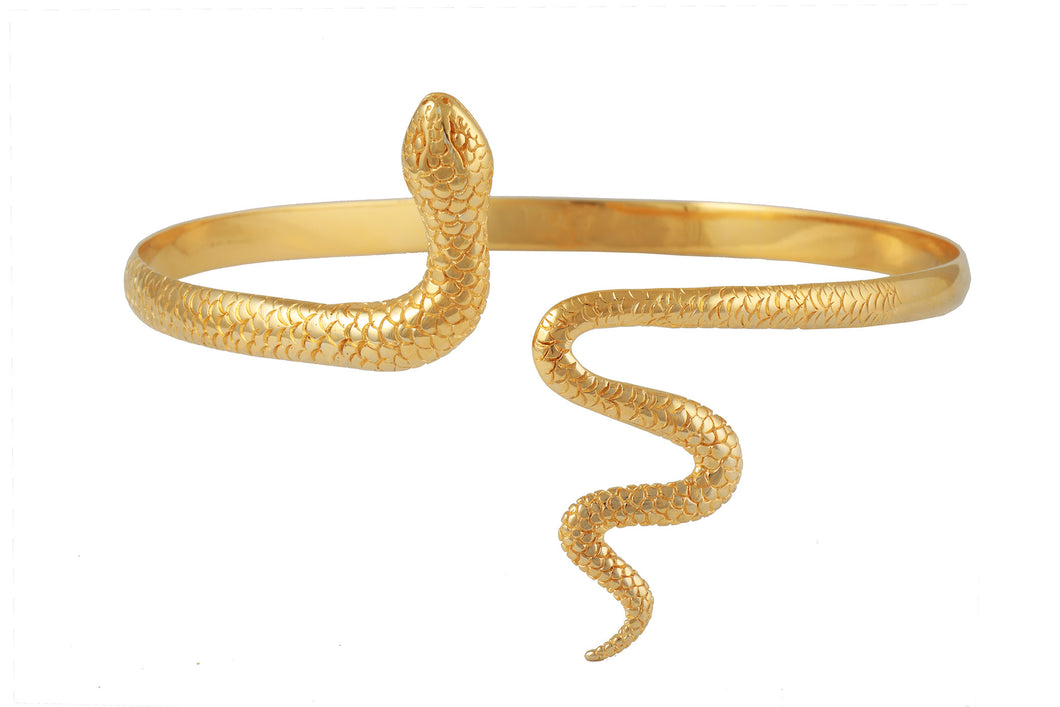 Snake shoulded bracelet. Gold plated.