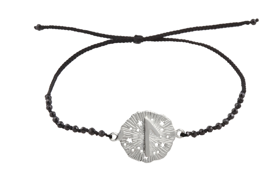 Beaded semprecious stone bracelet with runic medalion amulet Laguz. Silver.