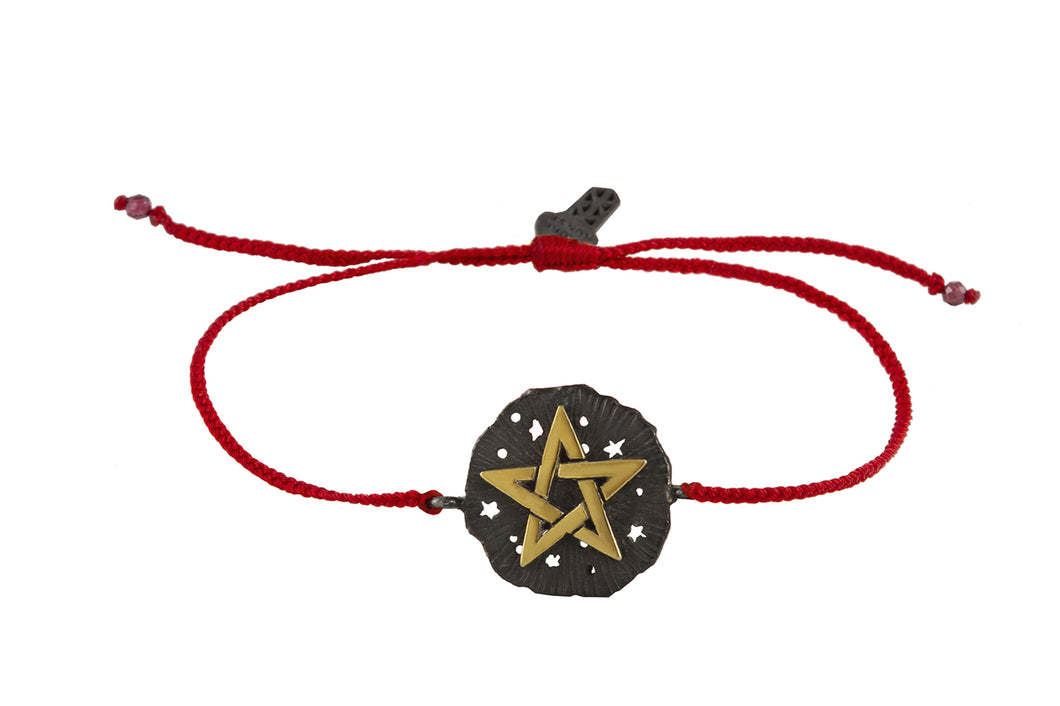 String bracelet with Pentagram medalion talisman. Silver, gold plated and oxide.