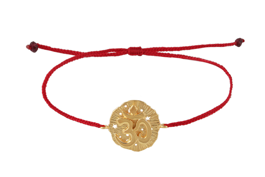 String bracelet with Om medalion amulet. Gold plated.