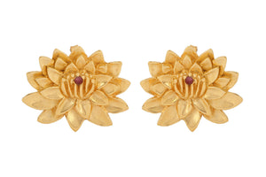 "Earrings ""Lotus with ruby"". Gold plated silver."