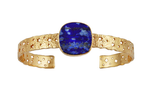 Cosmic lace silver cuff with lapis lasuli flat stone. Gold plated.
