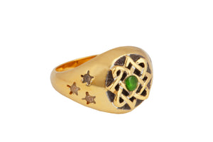 Lada star ring with tzavorite. Gold plated.