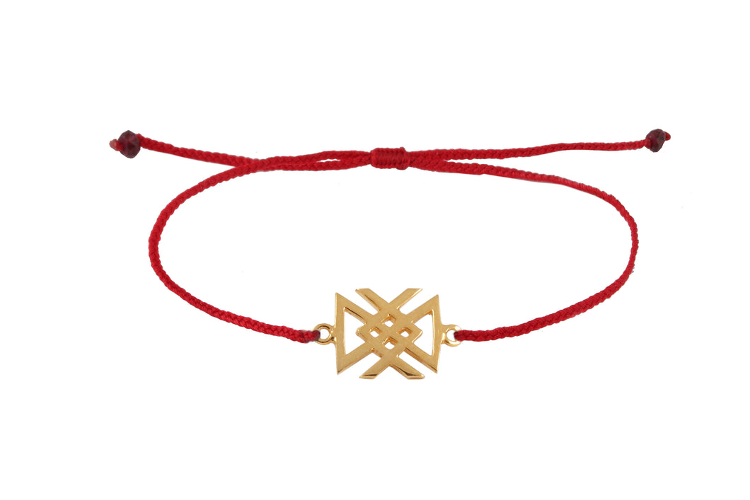 String bracelet with bind rune