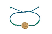 Beaded semprecious stone bracelet with runic medalion amulet Berkana. Gold plated, gold plated and oxide.