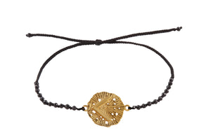 Beaded semprecious stone bracelet with runic medalion amulet Kenaz. Gold plated, gold plated and oxide.