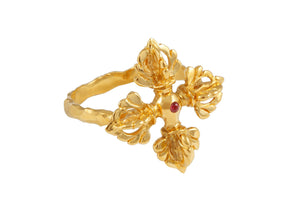 Vajra ring. Gold plated, pink sapphire.