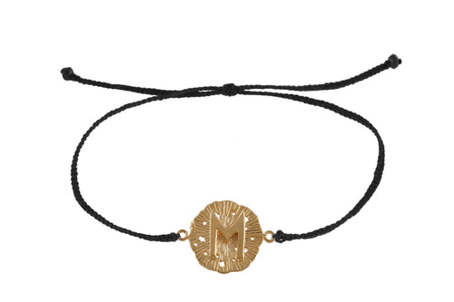 Sting bracelet with runic medalion amulet Ewaz. Gold plated, gold plated and oxide.