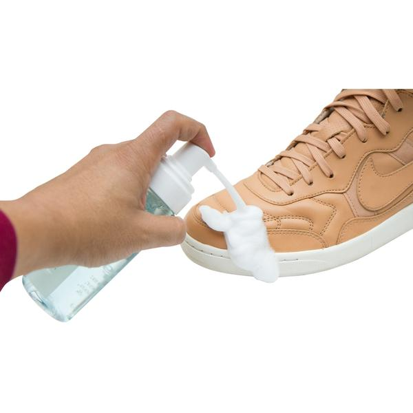 TIPS TO CLEANING YOUR SHOES AND SNEAKERS
