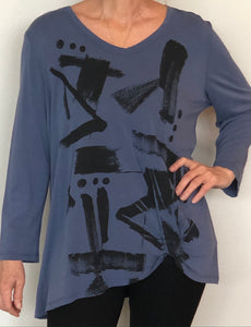 Jess & Jane - Top/Tunic - Denim color with abstract print