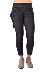 Ethyl - pull on Skinny Jeans - Black