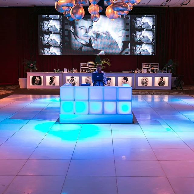 Westin Hotel Seattle, Event Lighting Seattle, Wedding Lighting Seattle, Seattle Lighting Rental, DJ Booth, LightSmiths