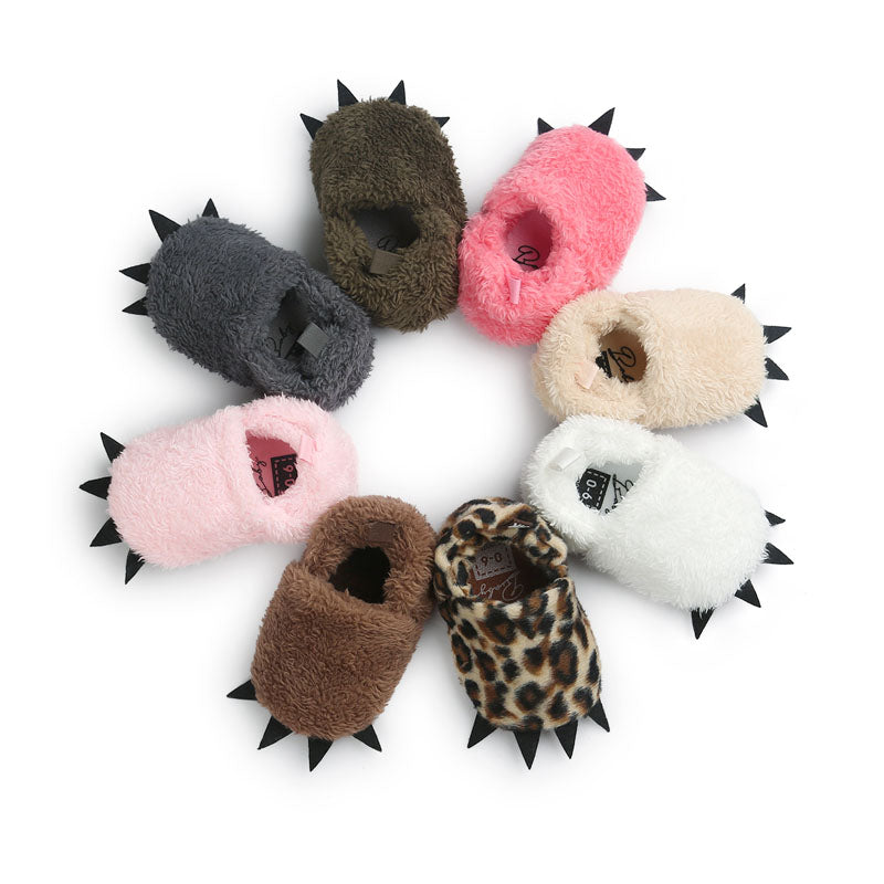 Cute Monster Paw Baby Worm Slippers