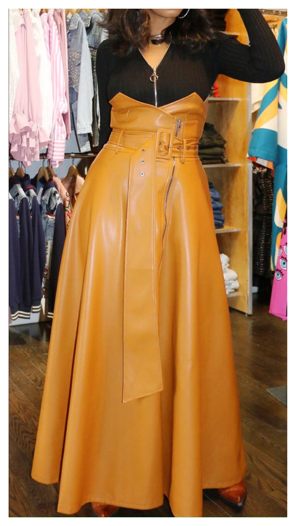 Walk in With Drama High Waisted Faux Leather Skirt (Caramel)