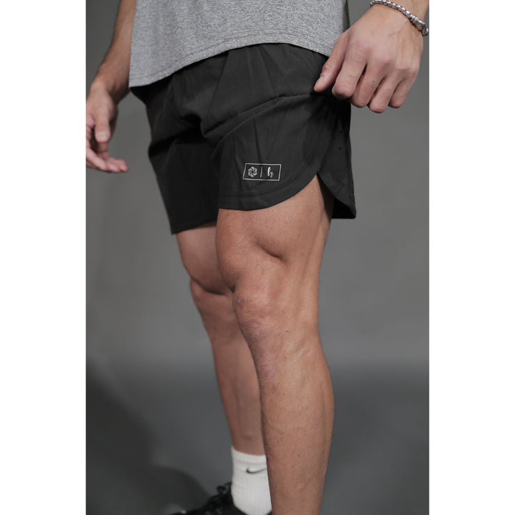PERFORMANCE SHORT - BLACK