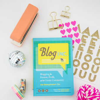 Blog, Inc.by Joy Cho (SIGNED!)