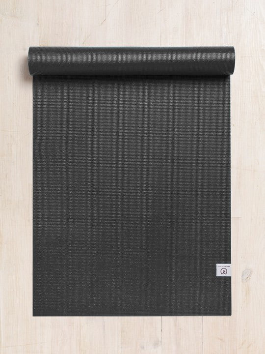 Yogamatters Sticky Yoga Mat- Black . Διαστασεις 183x61cm 4,5mm. - mykarma.gr