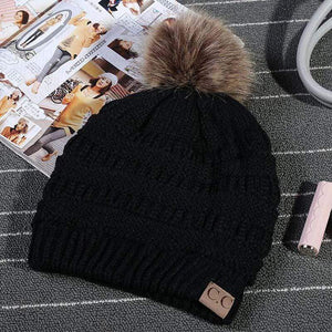 Boho Beach Hut Women's Beanies Black Fashion Knitted Beanies with Fur