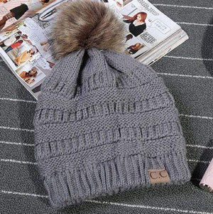 Boho Beach Hut Women's Beanies Gray Fashion Knitted Beanies with Fur