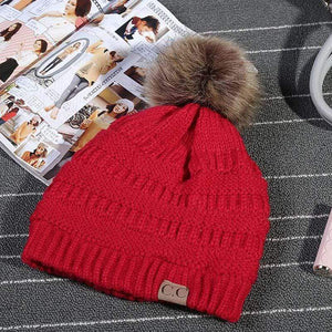 Boho Beach Hut Women's Beanies Red Fashion Knitted Beanies with Fur