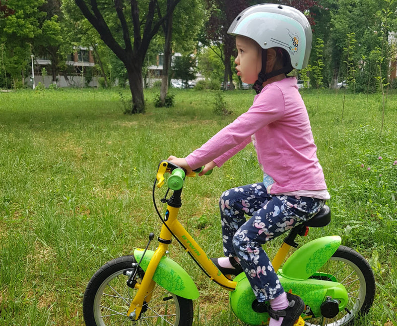 The Ultimate Guide to Kids Helmets for Your Boy or Girl