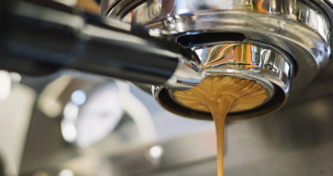 shot_of_espresso_coffee_being_pulled