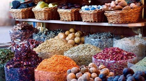 spices_in_baskets