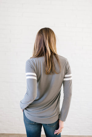 Janie Stripes Long Sleeve Tee in Light Gray