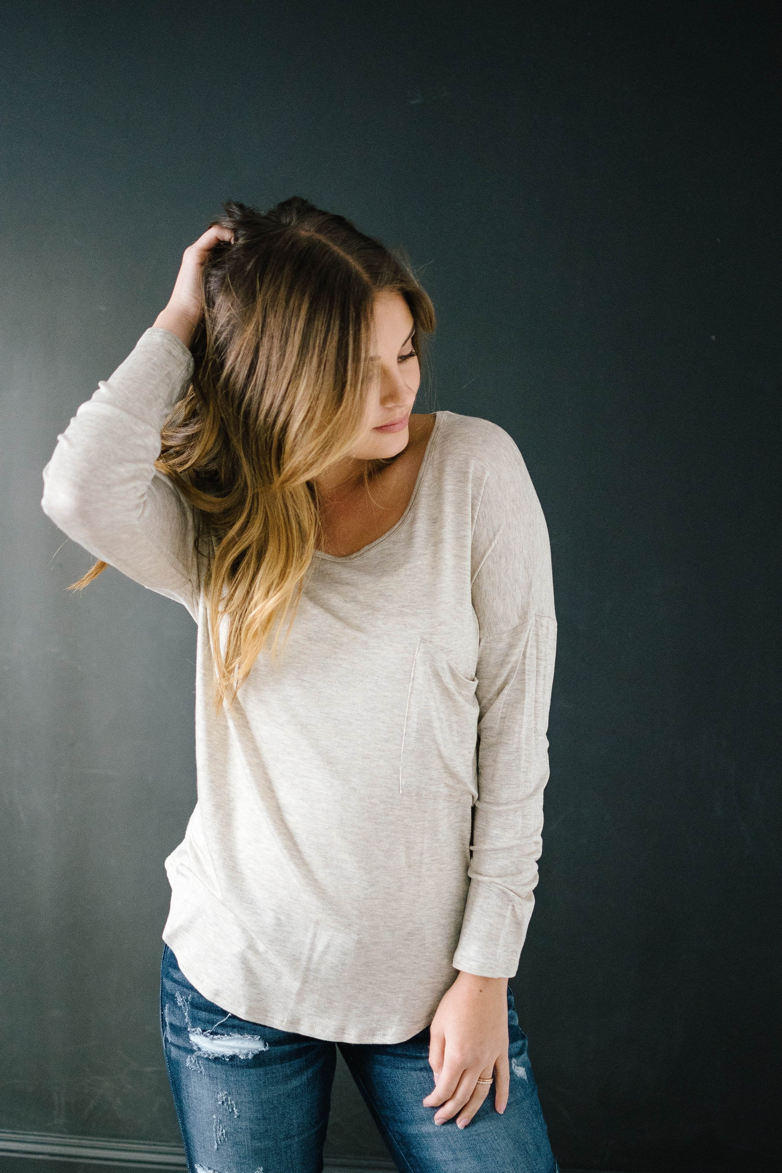 Penny Pocket Top in Heathered Oatmeal