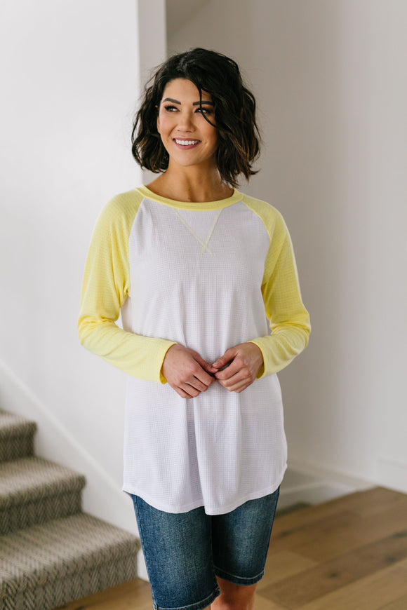 Team Spring Raglan Top In Lemon