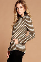 Load image into Gallery viewer, Striped Loose-fit Knit Sweater