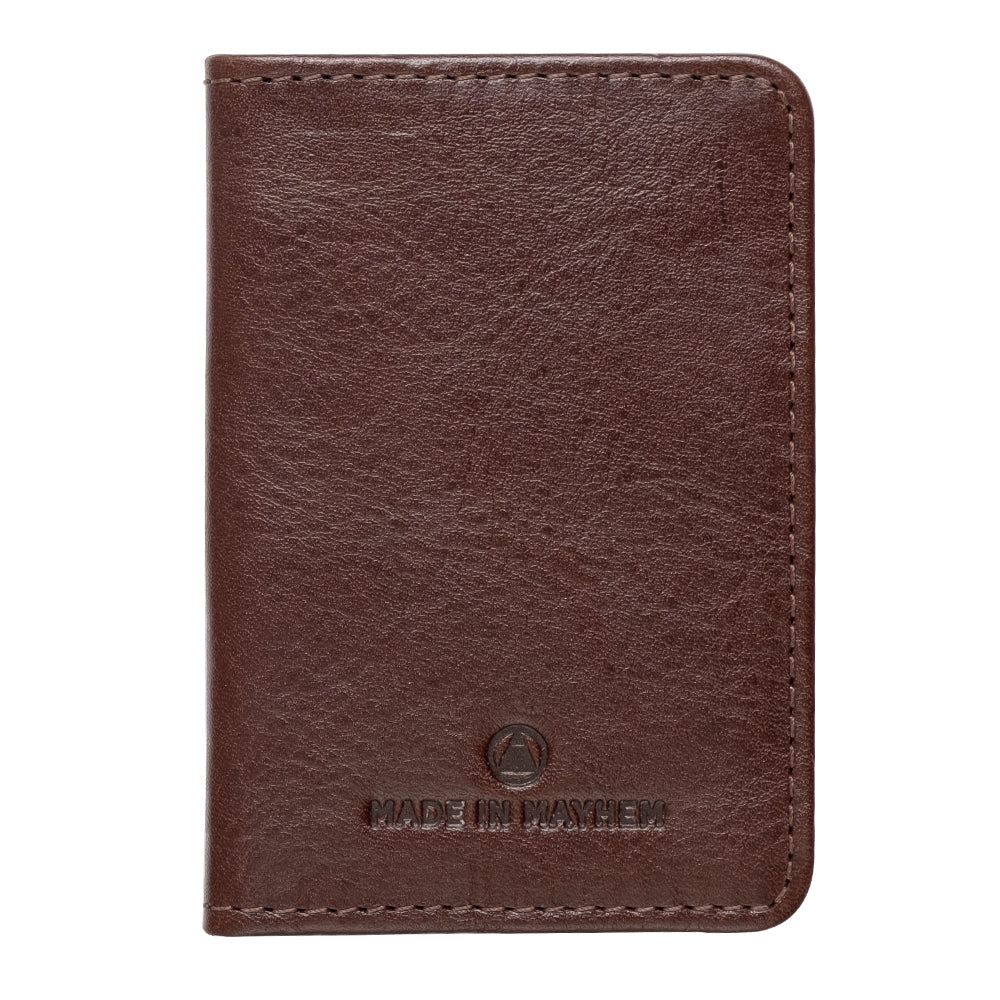 Slim leather bifold wallet for men