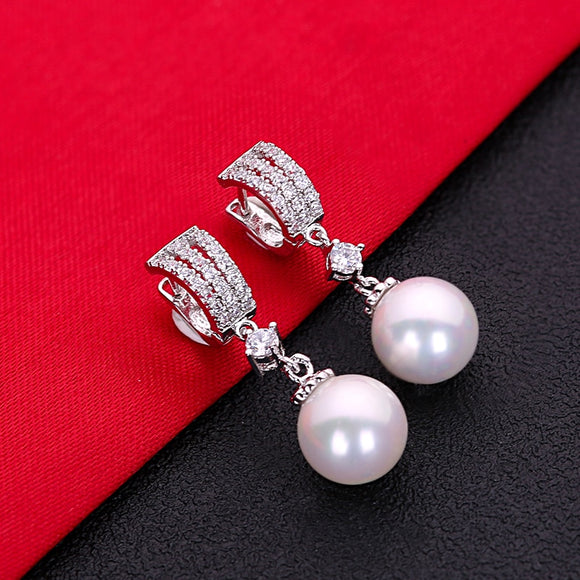 White Cubic Zirconia Pearl Fashion Jewelry Silver Stud Earrings