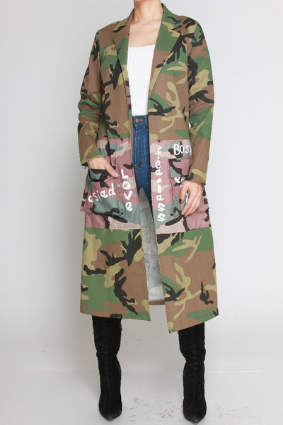 THERE IS NOTHING LIKE A SISTAH` GRAPHIC DESIGN CAMO JACKET